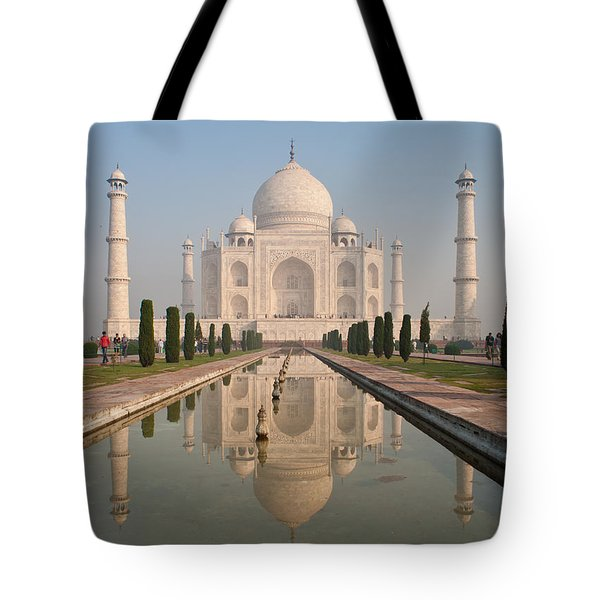 Resplendent Taj Mahal Tote Bag by Mike Reid