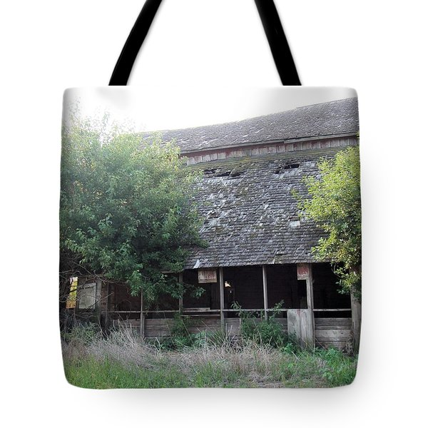 Retired Barn Tote Bag