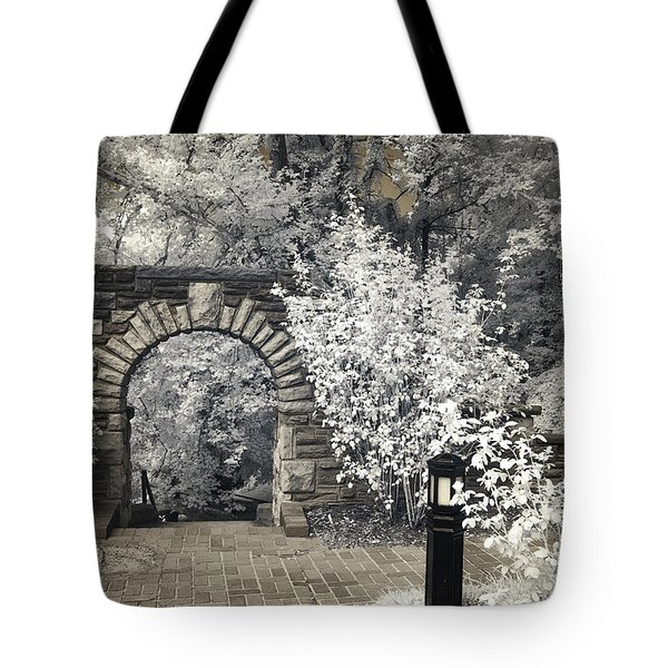 Ritter Park Arch Tote Bag