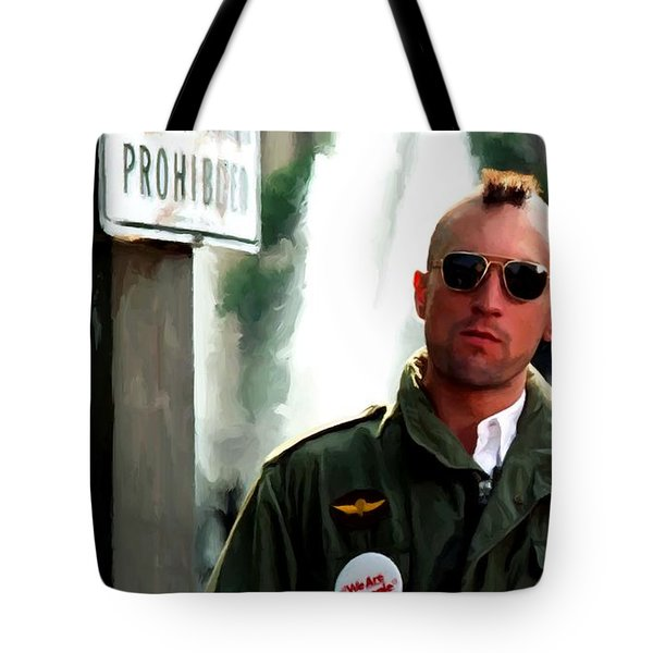 Robert De Niro In The Film Taxi Driver - Martin Scorsese 1976 Tote Bag