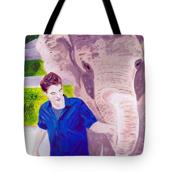 Robert Pattinson With Tai Tote Bag