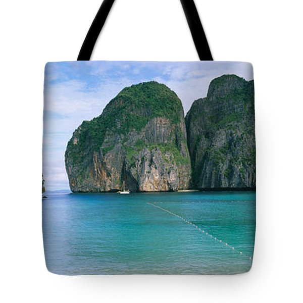 Rock Formations In The Ocean, Mahya Tote Bag
