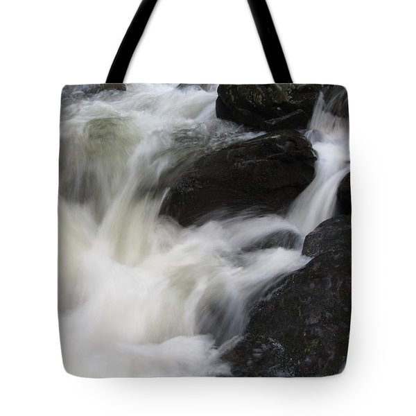 Tote Bag featuring the photograph Rocks At Bushkill by Richard Reeve