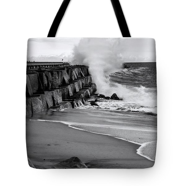 Rogue Bullet Wave Cabrillo Beach By Denise Dube Tote Bag
