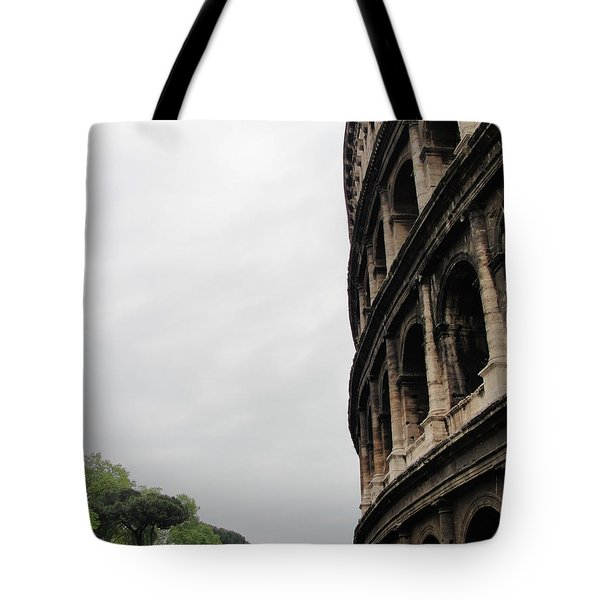 Tote Bag featuring the photograph Roman Coliseum by Tiffany Erdman