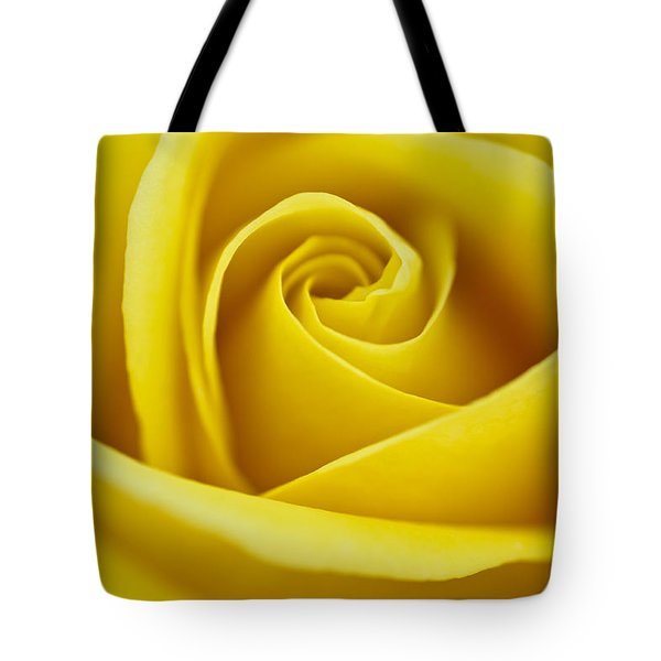Rosa 'freedom' Tote Bag by Lana Enderle