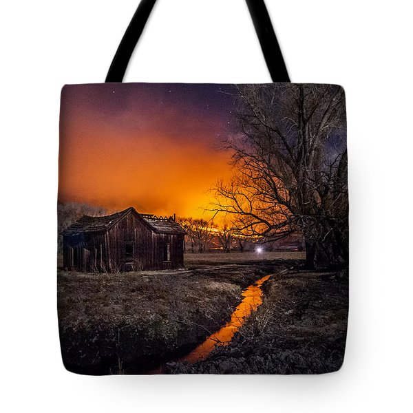 Round Fire Tote Bag by Cat Connor