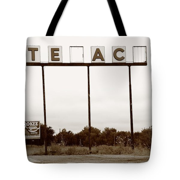 Route 66 - Abandoned Texaco Station Tote Bag by Frank Romeo
