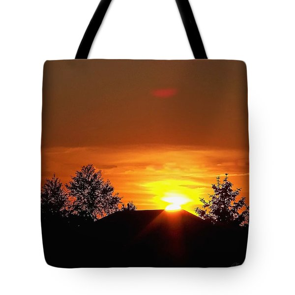 Tote Bag featuring the photograph Rural Sunset by Gena Weiser