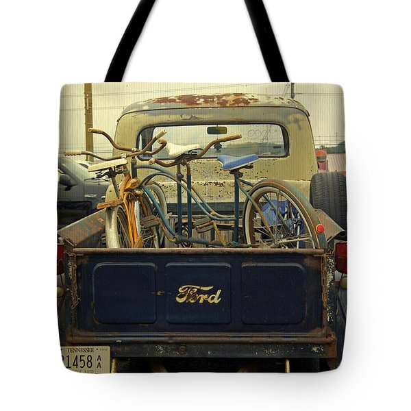 Rusty Haul Tote Bag