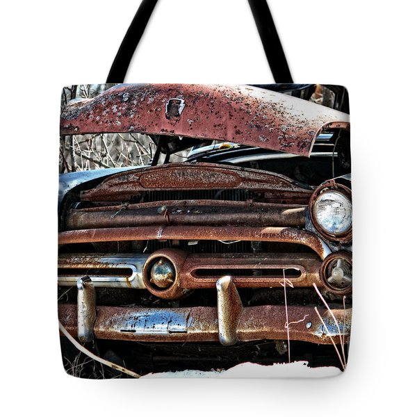 Rusty Old Car Tote Bag