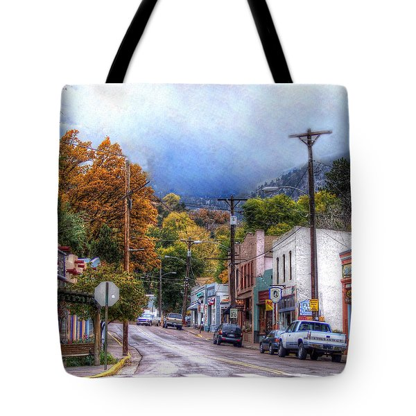 Tote Bag featuring the photograph Ruxton Avenue by Lanita Williams