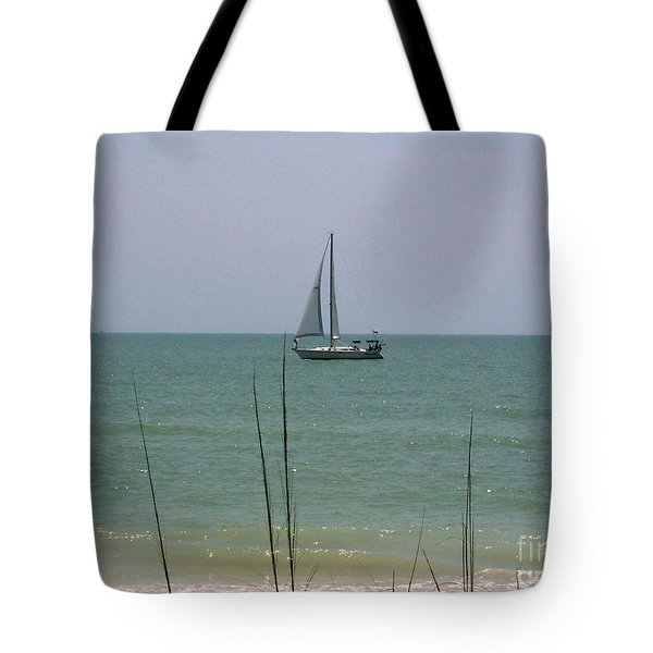 Tote Bag featuring the photograph Sailing In The Gulf by D Hackett