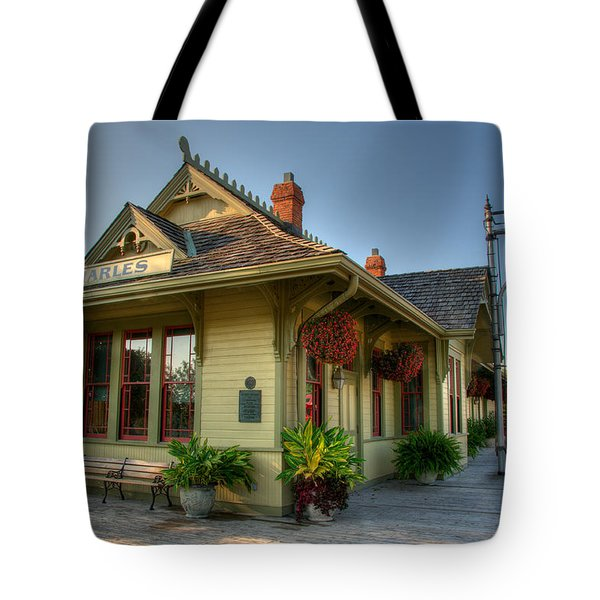Saint Charles Station Tote Bag