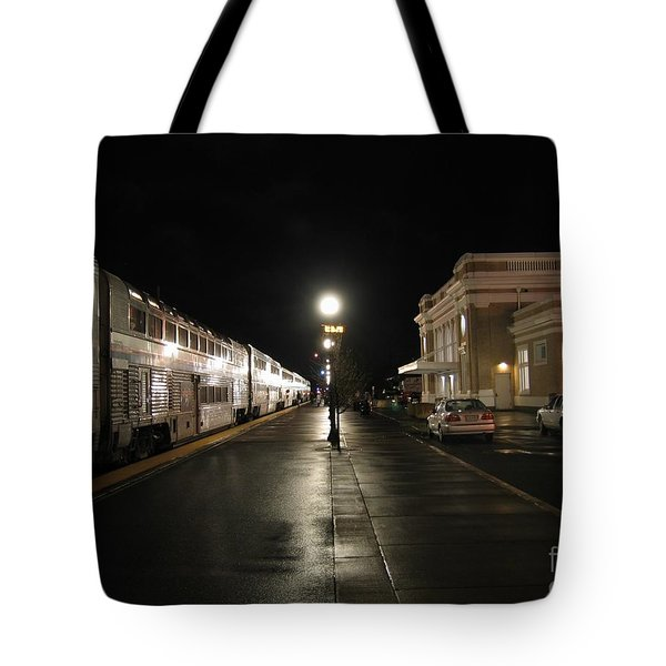 Tote Bag featuring the photograph Salem Amtrak Depot At Night by James B Toy