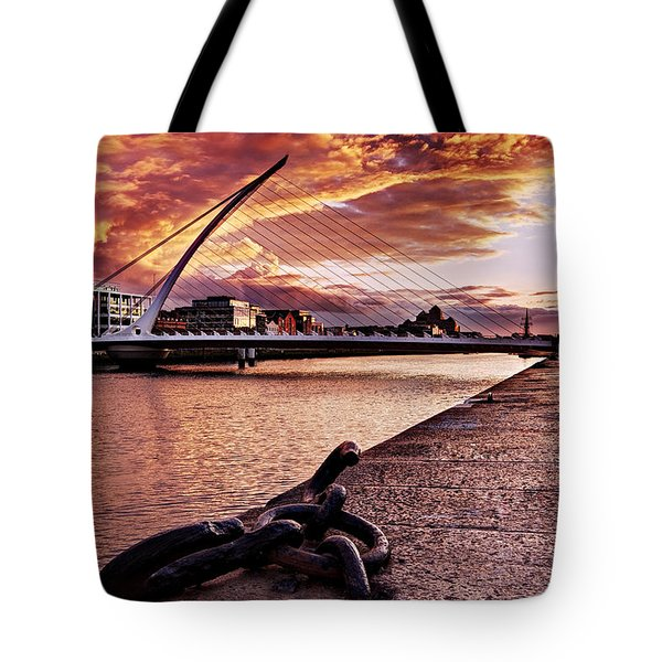 Samuel Beckett Bridge At Dusk - Dublin Tote Bag