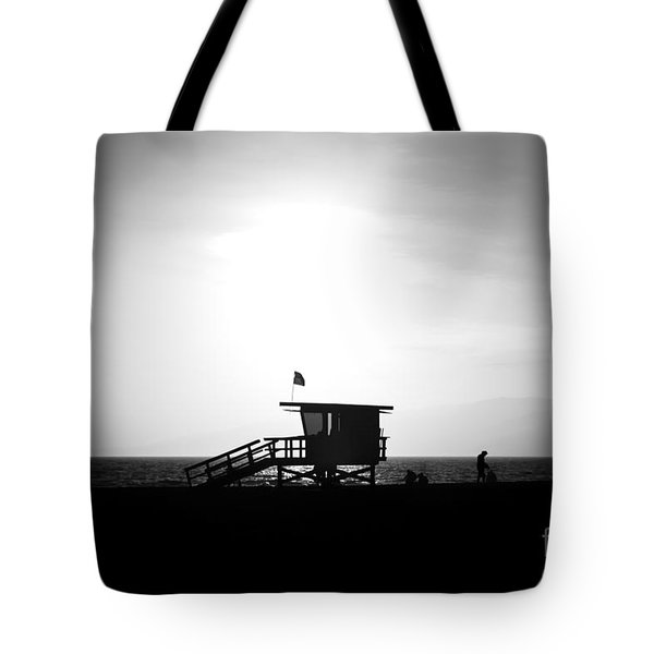 Santa Monica Lifeguard Tower In Black And White Tote Bag by Paul Velgos