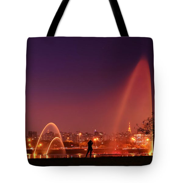 Sao Paulo - Ibirapuera Park At Dusk - Contemplation Tote Bag