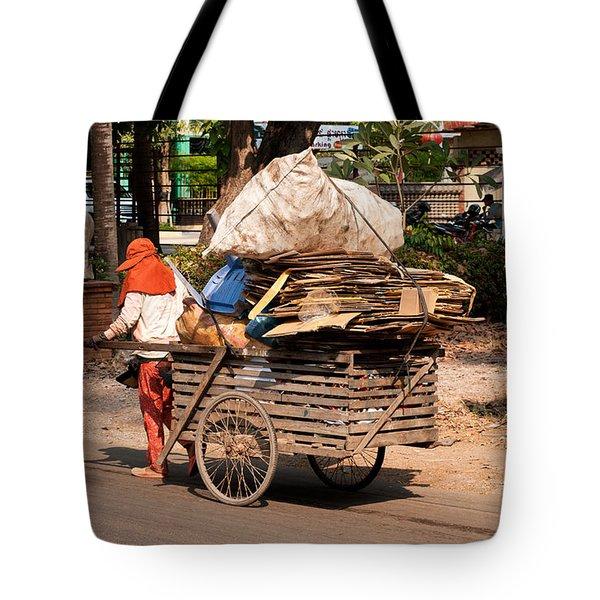 Scavenger Tote Bag