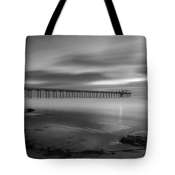 Scripps Pier Twilight - Black And White Tote Bag