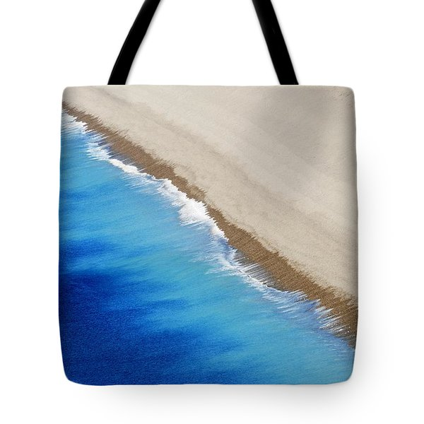Sea And Sand Tote Bag by Wendy Wilton
