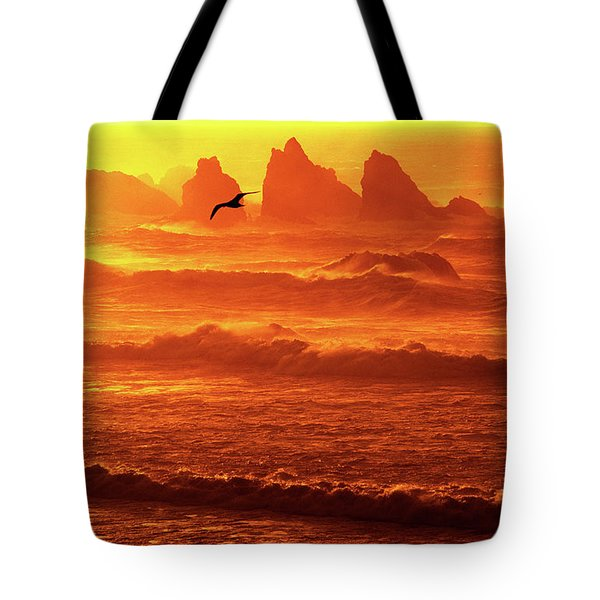 Tote Bag featuring the photograph Seagull Soaring Over The Surf At Sunset Oregon Coast by Dave Welling