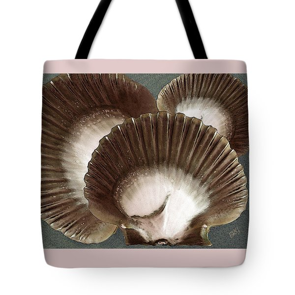 Seashells Spectacular No 22 Tote Bag by Ben and Raisa Gertsberg
