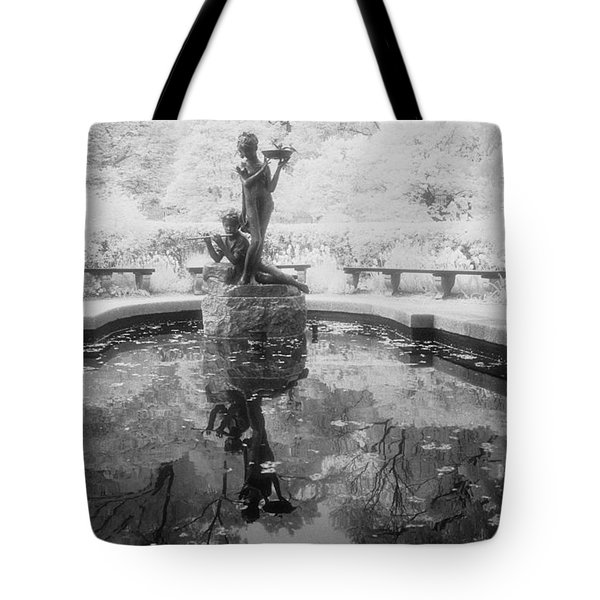 Secret Garden Ir Tote Bag