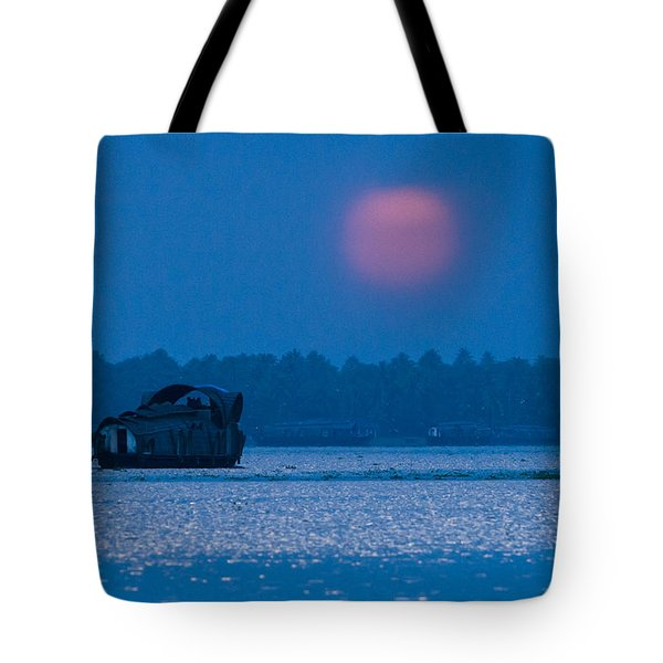 Setting Sun And Boat Tote Bag
