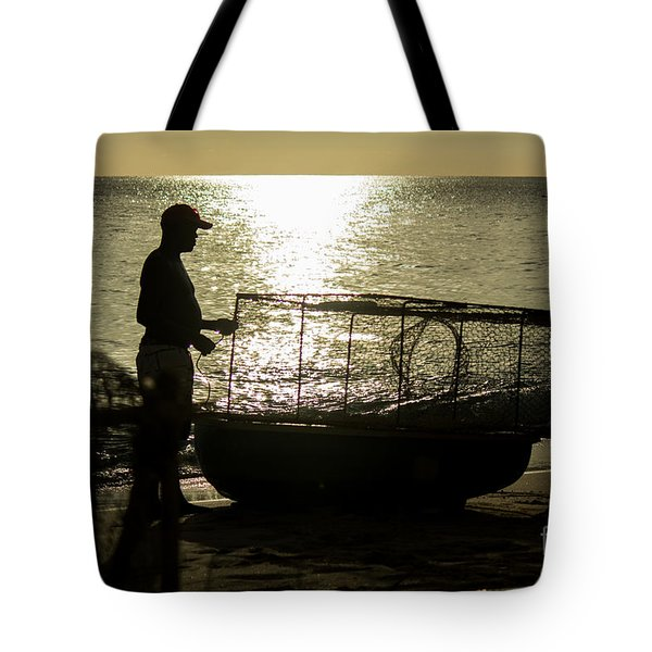 Setting Traps Tote Bag by Rene Triay Photography