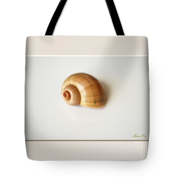 Shell. Delicate Colors Tote Bag