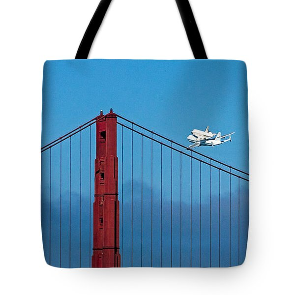 Shuttle Endeavour At The Golden Gate Tote Bag