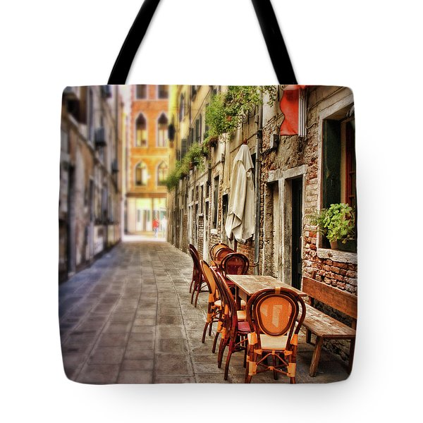 Sidewalk Cafe In Venice Tote Bag
