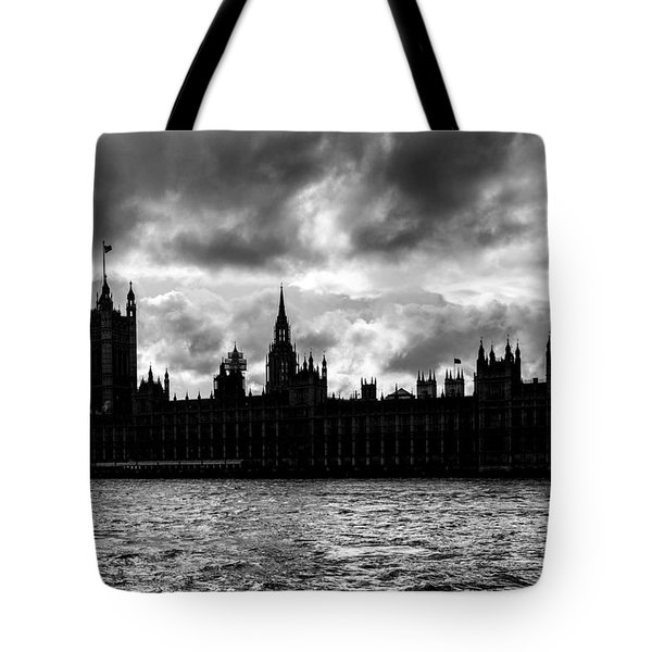 Silhouette Of  Palace Of Westminster And The Big Ben Tote Bag