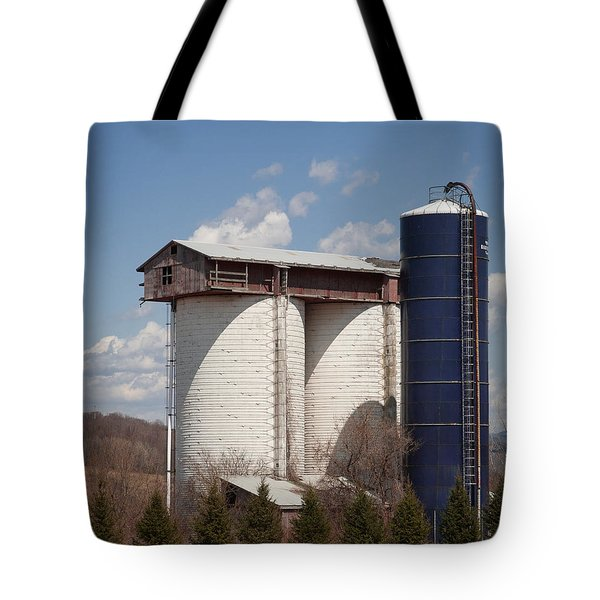 Silo House With A View - Color Tote Bag