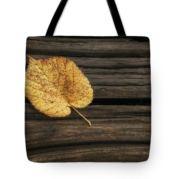 Single Yellow Birch Leaf Tote Bag
