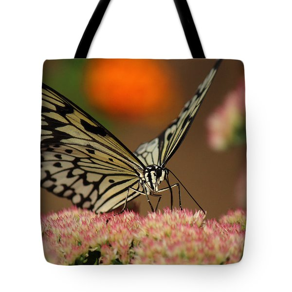 Sip Of The Nectar Tote Bag by Randy Hall