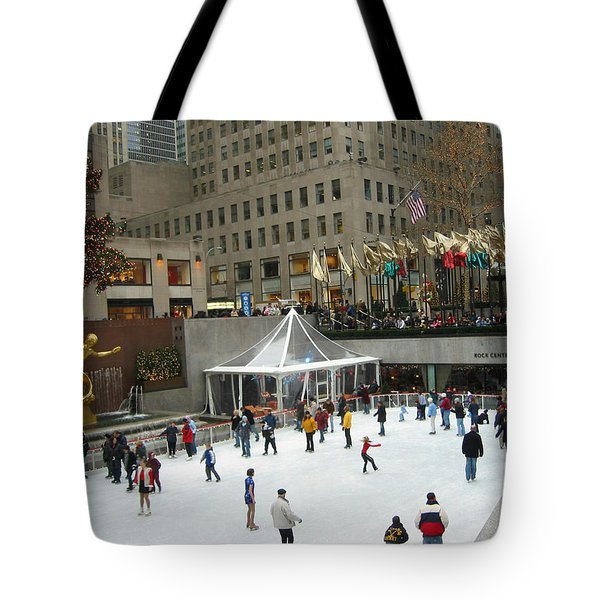 Tote Bag featuring the photograph Skating In Rockefeller Center by Judith Morris