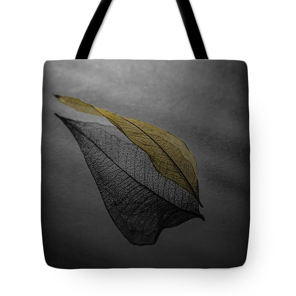 Skeleton Leaf 4716 Tote Bag