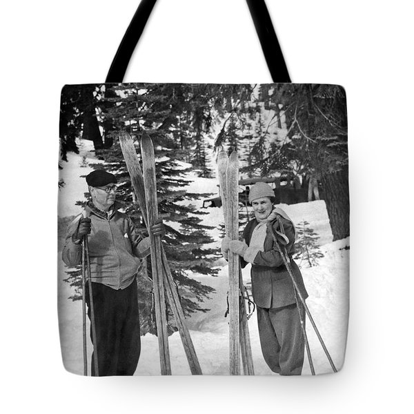 Skiing Badger Pass In Yosemite Tote Bag by Underwood Archives