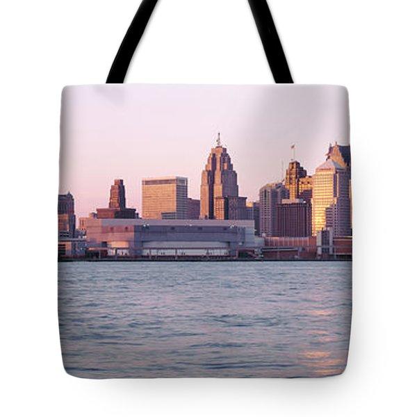 Skyline Detroit Mi Usa Tote Bag