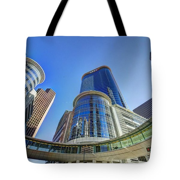 Smith Street Circle Tote Bag