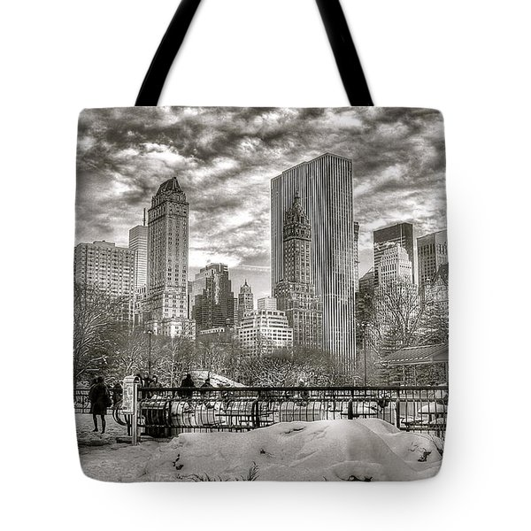 Snow In N.y. Tote Bag
