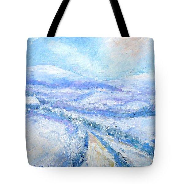 Snowfall On The Laneway  Tote Bag by Trudi Doyle