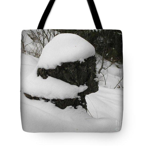 Snowy Profile Tote Bag by Leone Lund