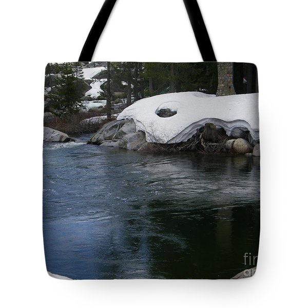 Tote Bag featuring the photograph Snowy River Bend by Bobbee Rickard