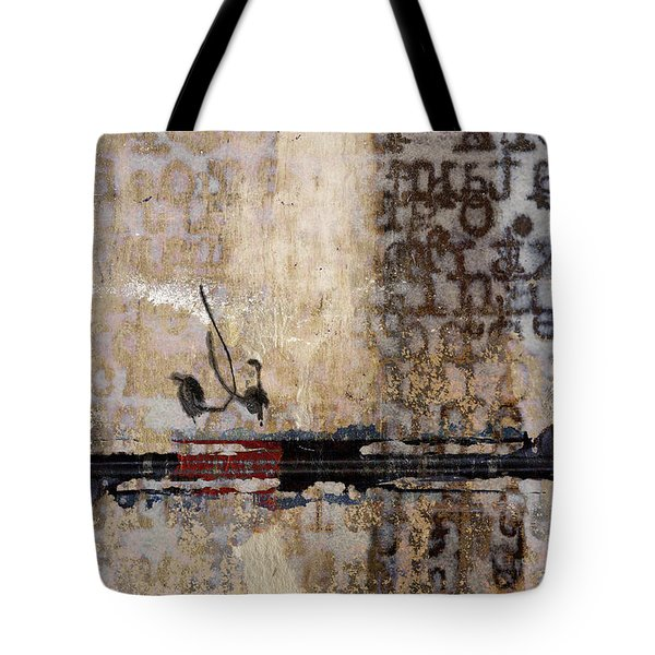 So Linear Tote Bag