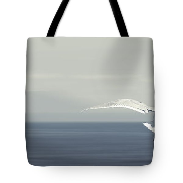 Tote Bag featuring the photograph Soaring Free by Lisa Knechtel