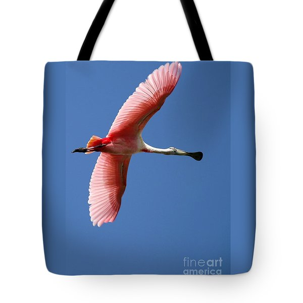 Tote Bag featuring the photograph Soaring High Roseate Spoonbill by Sabrina L Ryan
