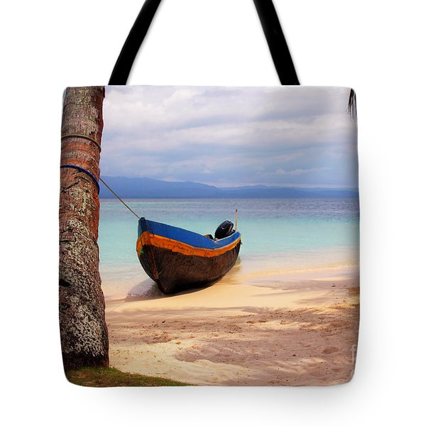 Solo Tote Bag by Bob Hislop